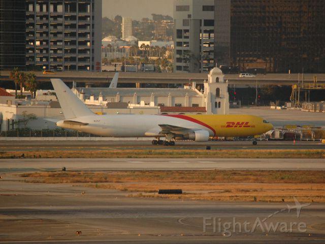 BOEING 767-300 (N220CY) - Nice new cargo 763F!