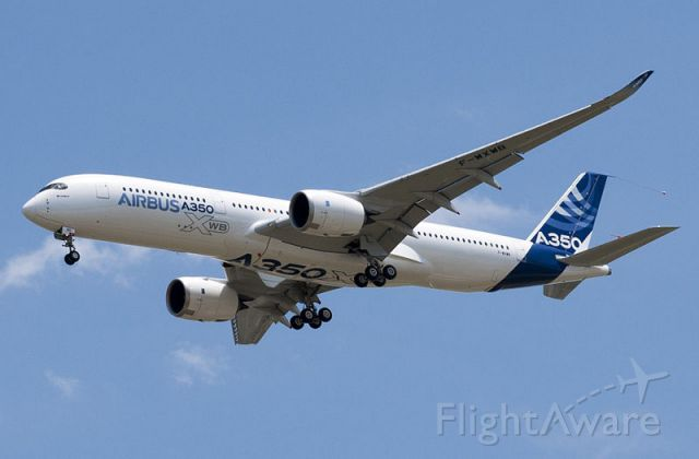 Airbus A350-900 (F-WXMB)