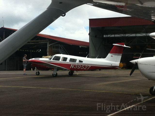 Piper Lance 2 (N39527)