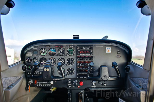 Cessna Skyhawk (N656SP) - Houston Flight Training Cessna 172SP