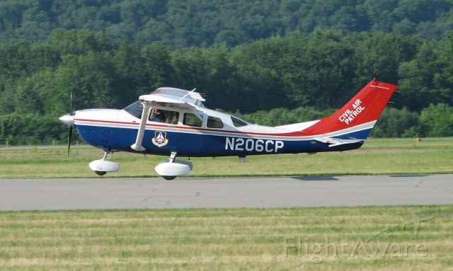 Cessna 206 Stationair (N206CP) - Landing at the 2009 WRAP Fly-In