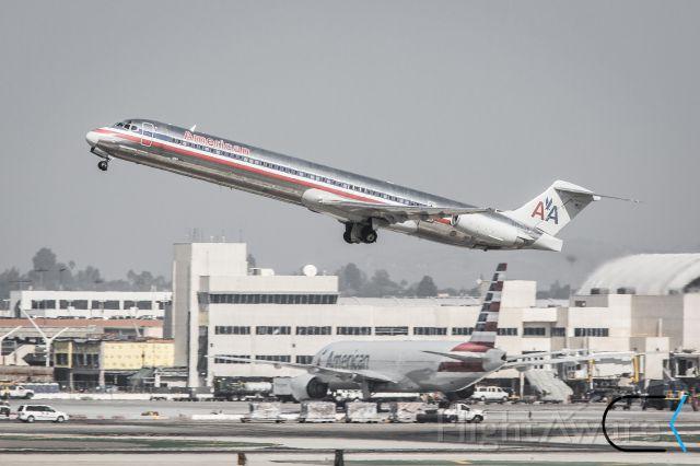 McDonnell Douglas MD-87 —