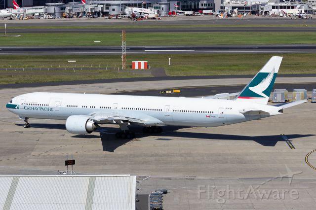 BOEING 777-300ER (B-KQR)
