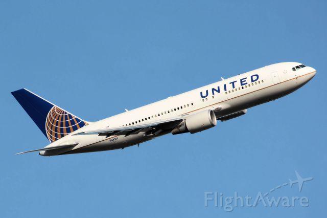BOEING 767-200 (N68160) - Photo Taken On 02-07-2012