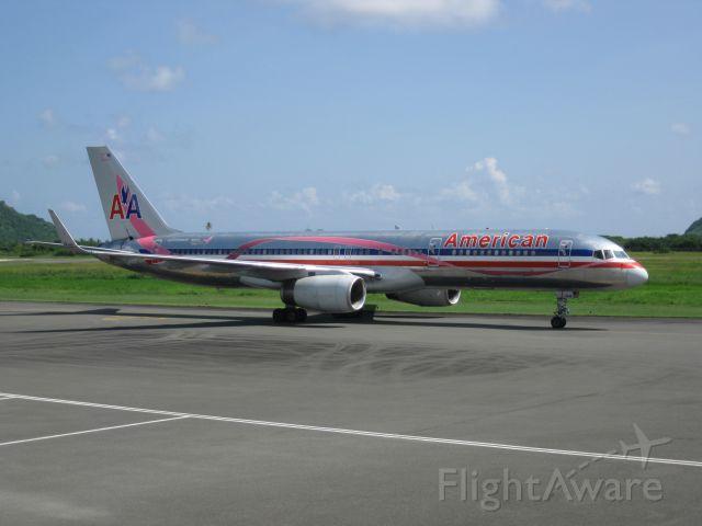 Boeing 757-200 (N664AA)