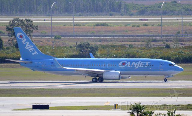 Boeing 737-700 (OO-JBG) - Imaged on 4/15/12