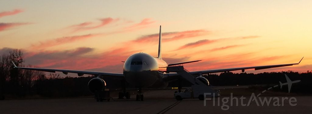 Airbus A330-300 (N271AY) - Sitting at the hanger on Thanksgiving<br /><br />11/22/18