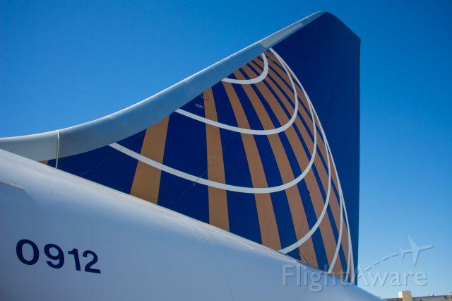 Boeing 787-8 (N28912)