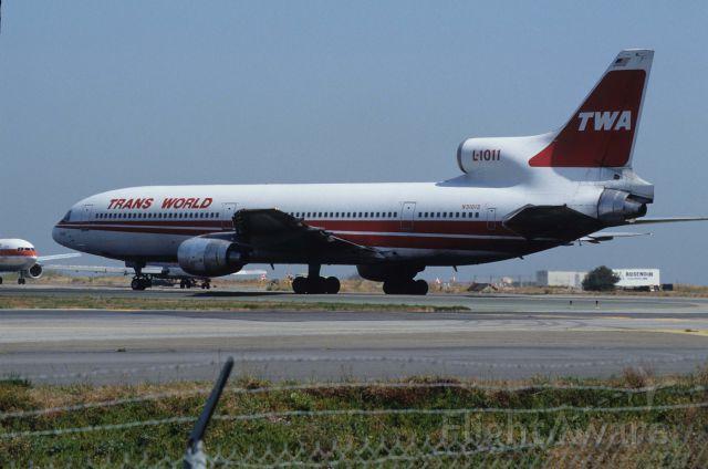 Lockheed L-1011 TriStar (N31013) - Departure at San Francisco Intl Airport Rwy01R on 1991/09/11