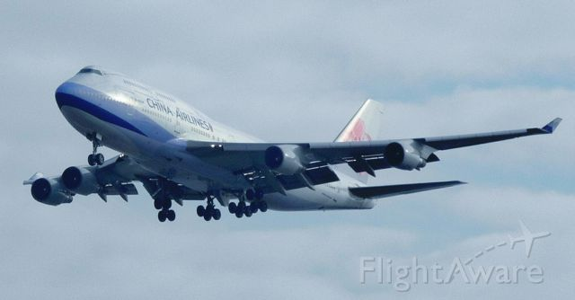Boeing 747-400 (B-18208) - CHINA AIRLINES