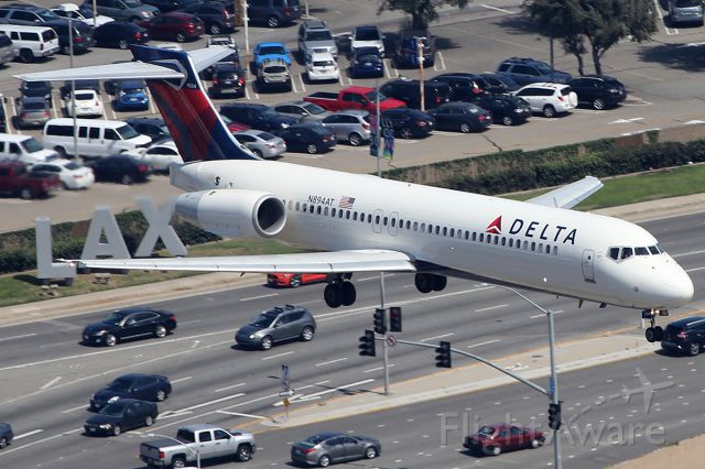 Boeing 717-200 (N894AT) - Landing.