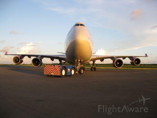 Boeing 747-400 (G-VTOP)
