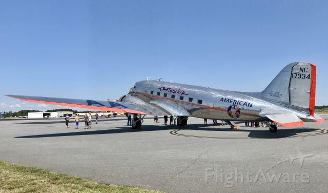 Douglas DC-3 (NC17334) - Flagship Detroit