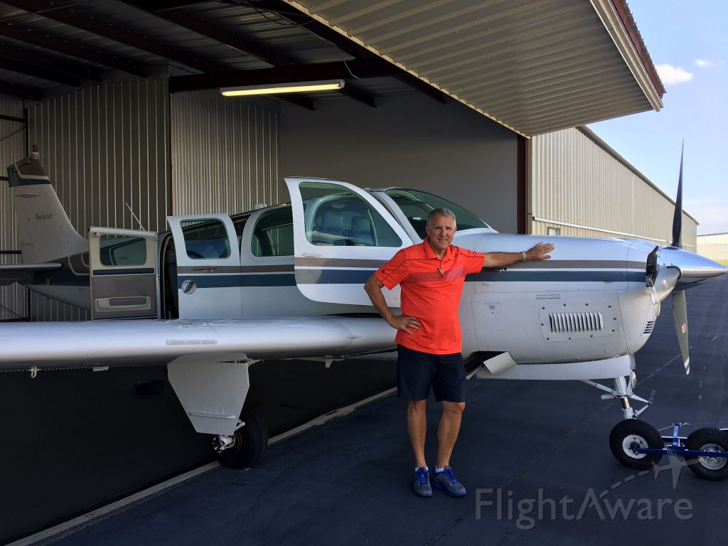 Beechcraft Bonanza (36) (N8073W)