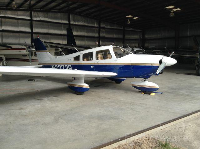 Piper Cherokee Arrow (N2223R)