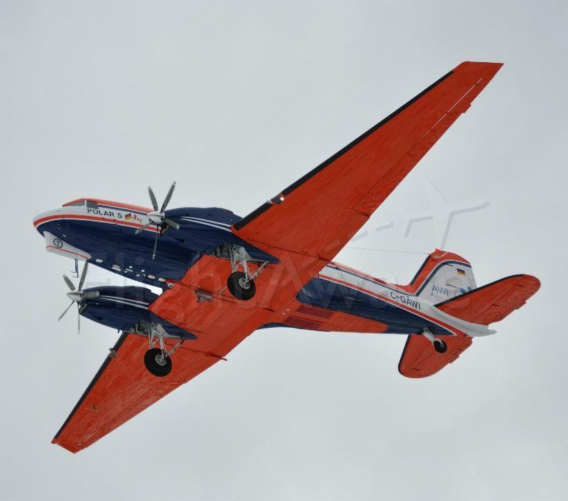 Douglas DC-3 (C-GAWI) - 1943 Douglas S/N 19227 final approach runway 08 CYYR.