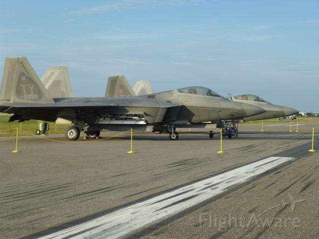 Lockheed F-22 Raptor (099)