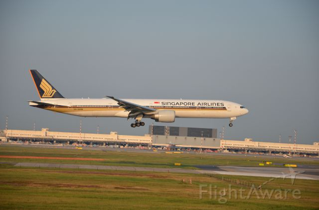 Boeing 777-200 (9V-SWM)