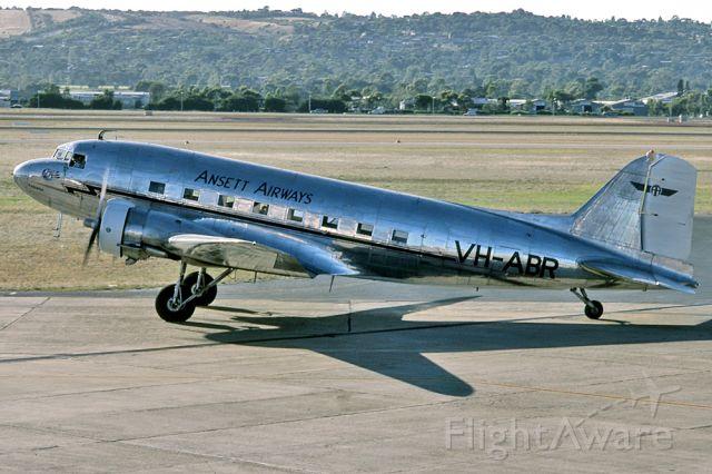 Douglas DC-3 (VH-ABR) - ANSETT AIRWAYS - DOUGLAS DC-3-G202A - REG VH-ABR (CN 2029) - PARAFIELD AIRPORT ADELAIDE SA. AUSTRALIA - YPPF 1721996