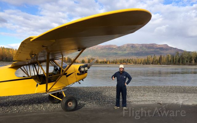 N6195H — - My first Gravel Bar instructor took photo, Yentna River, Yenlo Hills in background. Old-timer came out and said that it was a new sandbar and that i was the first plane he had seen use it in 35 years he has been there.