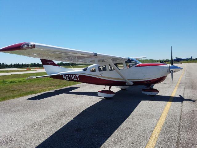 Cessna T206 Turbo Stationair (N211GT)