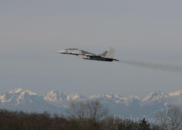 MIKOYAN MiG-33 (N29UB)