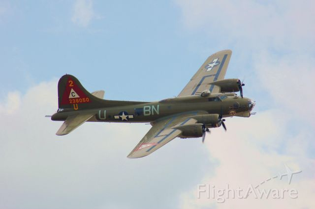 """Boeing B-17 Flying Fortress (N900RW) - B-17 """"ThunderBird"""" doing a pass at Wings Over Houston 2010."""