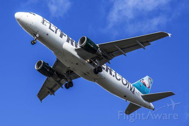 Airbus A320 (N223FR)