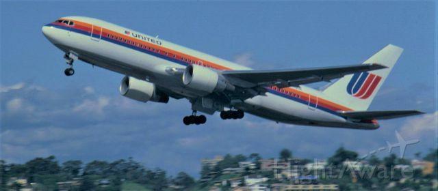 N602UA — - Boeing 767-222 Lindberg Field San Diego CA AUG 1984