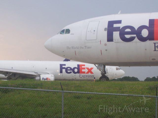 Airbus A300F4-600 (N717FE)