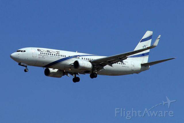 Boeing 737-700 (4X-EKA) -  Final on runway 30. 10/2015 flight from Athens, Greece.