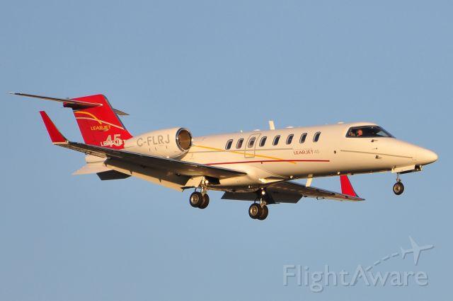Learjet 45 (C-FLRJ)