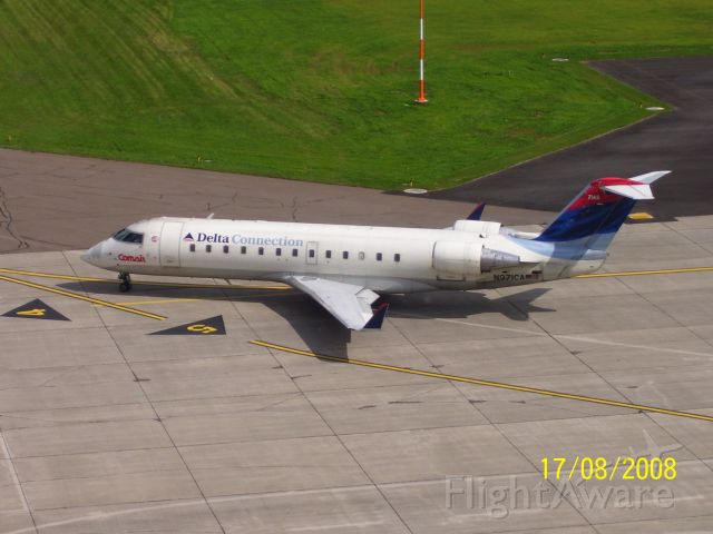 Canadair Regional Jet CRJ-100 (N971CA)