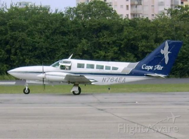 Cessna 402 (N764EA)