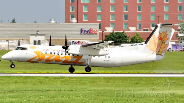 de Havilland Dash 8-300 (C-GETA)