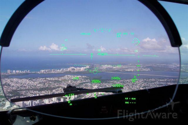 — — - HUD View of Runway 8 Luis Munoz International Airport, San Juan, PR.