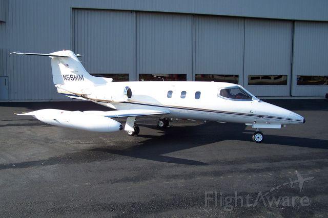 Learjet 24 (N56MM)