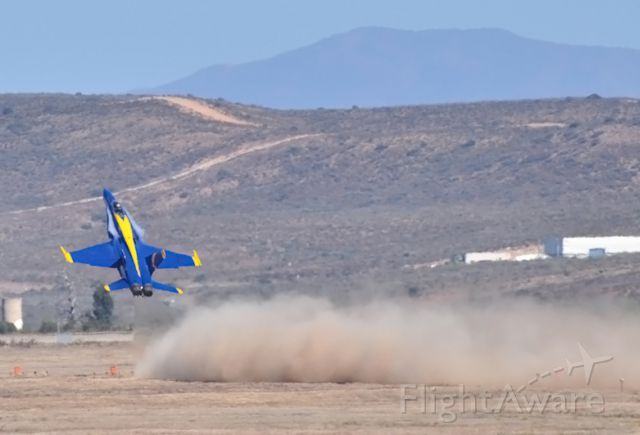 McDonnell Douglas FA-18 Hornet — - #6 Pulls into the vertical at Miramar Airshow 2009