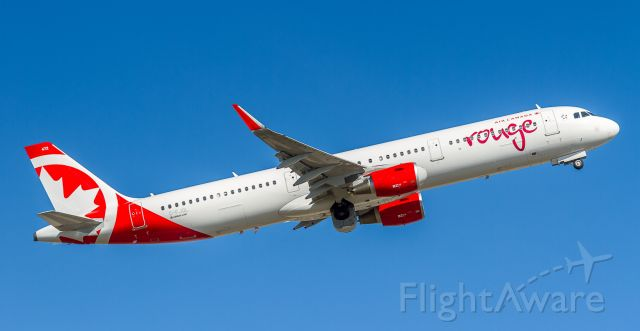 Airbus A321 (C-FJQL) - ROU1975 cleans up and heads off to Kelowna B.C.