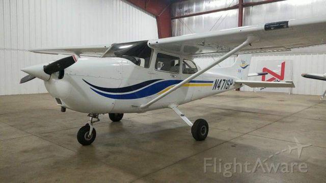 Cessna Skyhawk (N471SP)