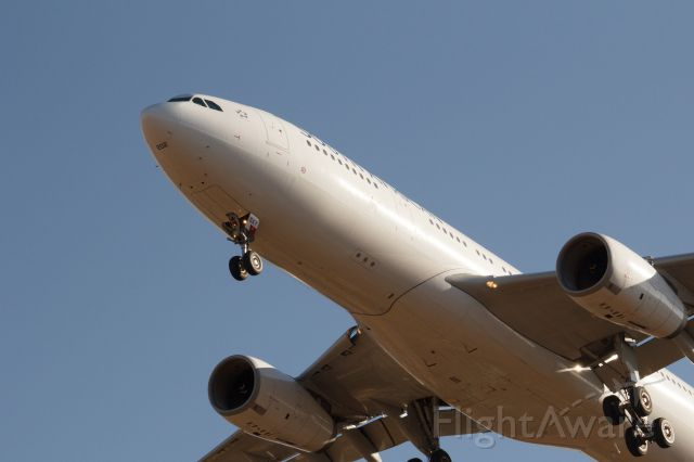 Airbus A330-200 (ZS-SXY)