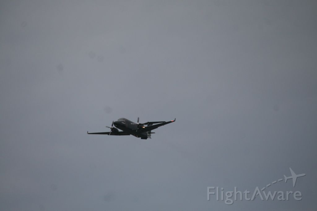 Beechcraft 1900 — - Going YHU-SYR-SLT-APF