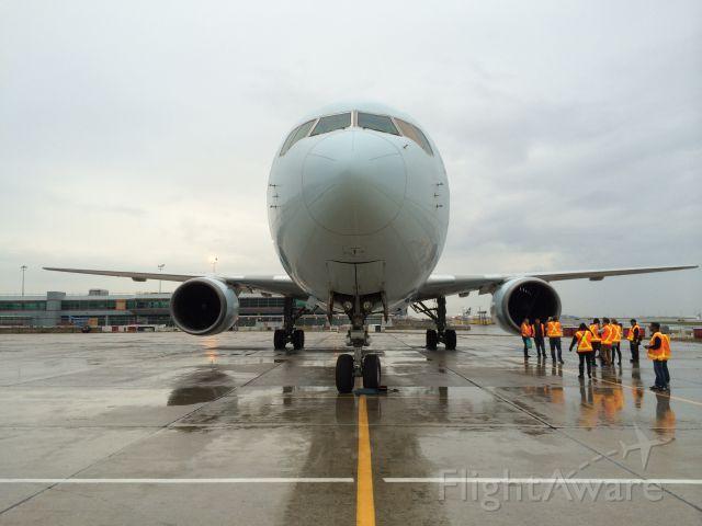 BOEING 767-300 (C-GEOQ)