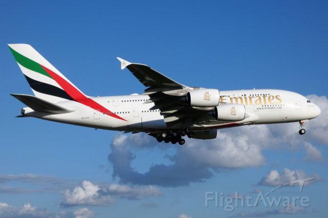 Airbus A380-800 (A6-EVC)