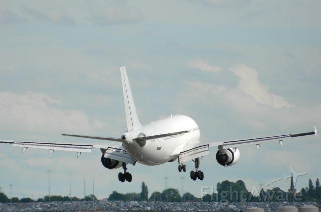 Airbus A310 (CS-TEX)