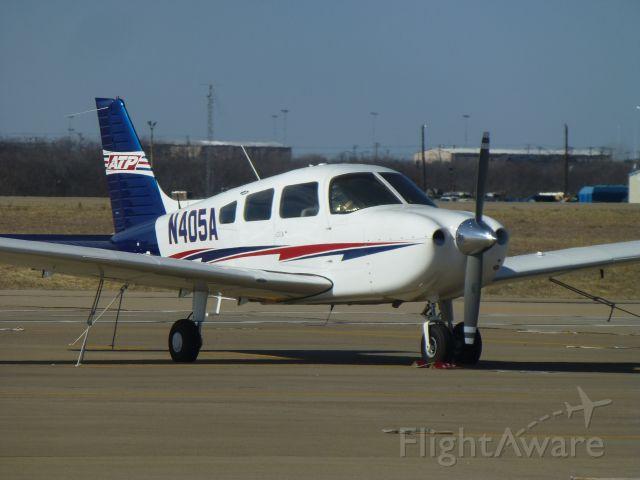 Piper Cherokee (N405A)
