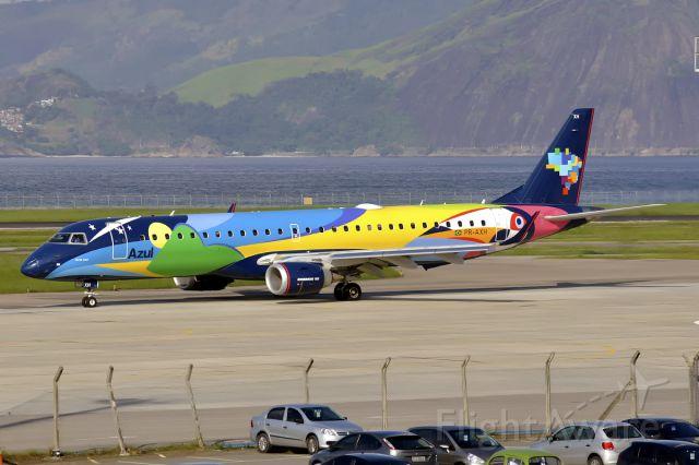 Embraer ERJ-190 (PR-AXH)