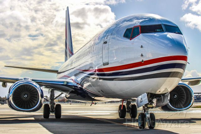 Boeing 737-800 (N625XA)