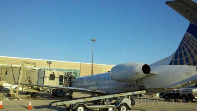 Embraer ERJ-135 (N34110)