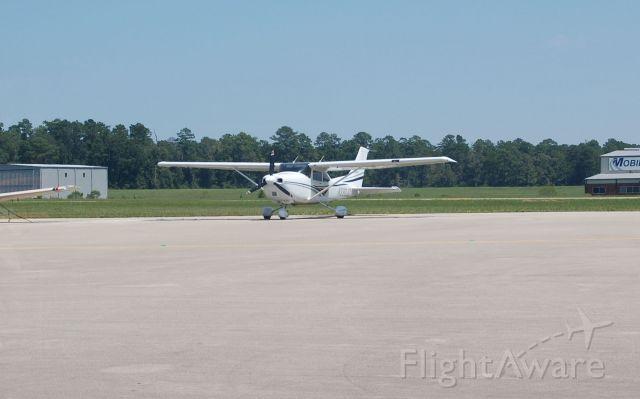 Cessna Skylane (N330JD)